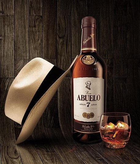 Ron Abuelo rum z Panamy